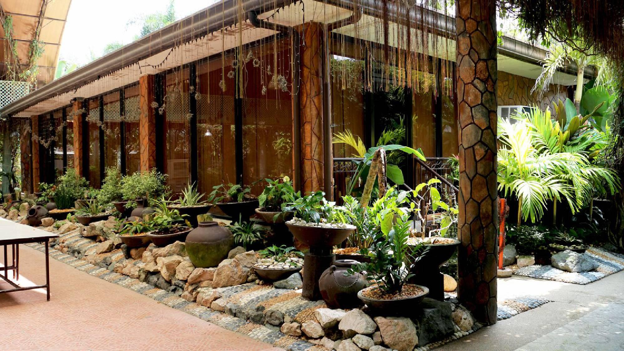villa alfredos resort paradise in the heart of pampanga